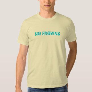 Aucuns types de chemise de froncements de sourcils t-shirt