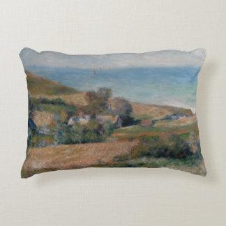 Auguste Renoir - vue du littoral Coussins Décoratifs