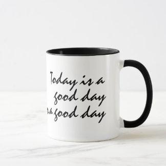 Aujourd'hui est un beau jour pour une tasse de