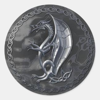 Autocollant celtique argenté de dragon