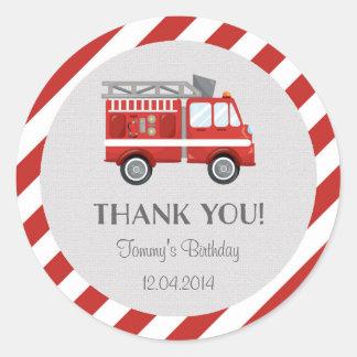 Autocollant d'anniversaire de camion de pompiers