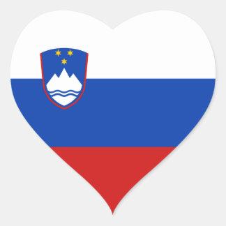 Autocollant de coeur de drapeau de la Slovénie