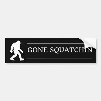 Autocollant De Voiture Grand Squatchin allé par pied drôle Sasquatch