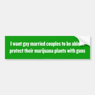 Autocollant De Voiture L'homosexuel armé ménage l'adhésif pour pare-chocs