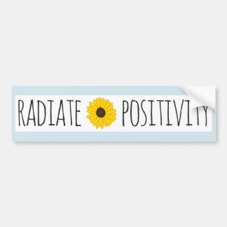 Autocollant De Voiture Rayonnez le tournesol de positivité