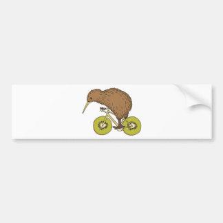 Autocollant De Voiture Vélo d'équitation de kiwi avec des roues de kiwi