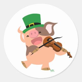 Autocollant rond de porc de violoniste du jour de