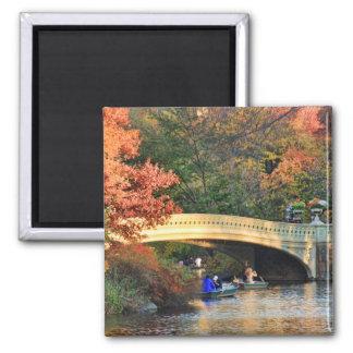 Automne dans le Central Park : Chapeaux en paille Magnet Carré