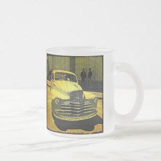 Automobile vintage de style de bande dessinée du c mug à café