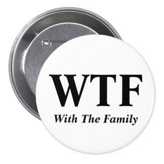 Avec le bouton de famille badge