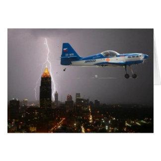 Avion acrobatique aérien en foudre cartes