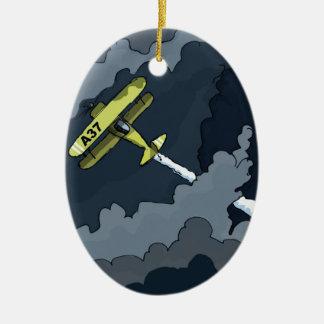 avion dans les nuages ornement ovale en céramique