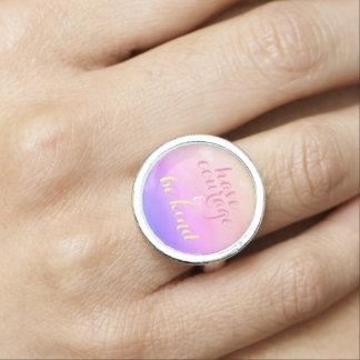Ayez le courage et soyez anneau inspiré aimable de bague