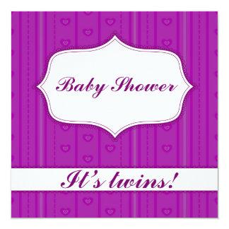 Baby shower avec des rayures et des jumeaux de carton d'invitation  13,33 cm