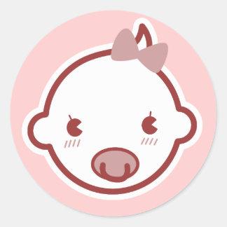 Baby shower mignon de rose de bébé sticker rond