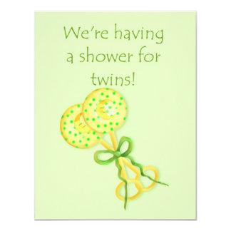 Baby shower pour des jumeaux carton d'invitation 10,79 cm x 13,97 cm