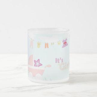 Baby shower - poussette rose, tasse en verre givré