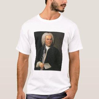 Bach avec le T-shirt de klaxon anglais