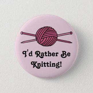 Badge Boule rose des aiguilles de fil et de tricot