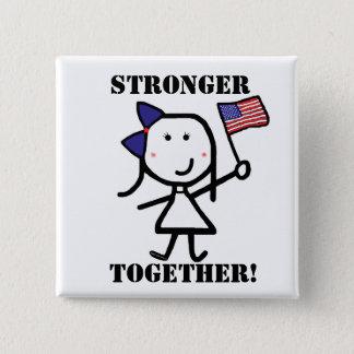 Badge Carré 5 Cm Fille et drapeau - plus forts ensemble !