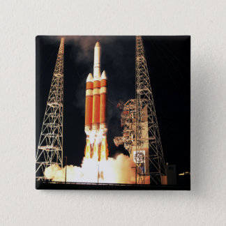 Badge Carré 5 Cm Une fusée lourde du delta IV enlève