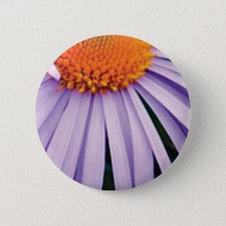 Badge demi d'art de fleur