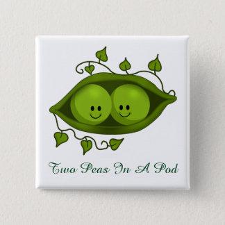 Badge Deux pois mignons dans une cosse
