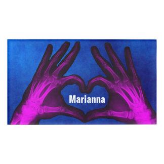 Badge D'identification Le rayon X de main forme le coeur