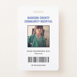 Badge Feignez l'insigne de docteur ID de jeu (vertical)