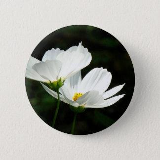 Badge Fleurs de marguerite de cosmos