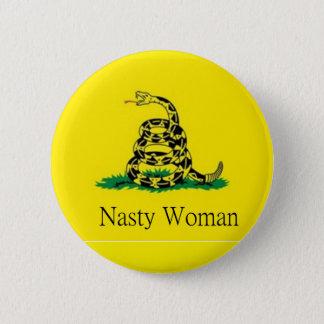 Badge goupille méchante de femme
