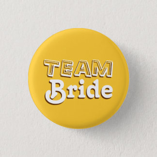 Badge Jaune vintage et goupilles de mariage de jeune