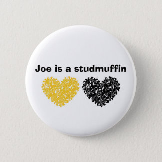 Badge Joe est un studmuffin