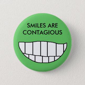 Badge Les SOURIRES SONT CONTAGIEUX - bouton