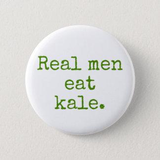 Badge Les vrais hommes mangent le bouton de végétalien