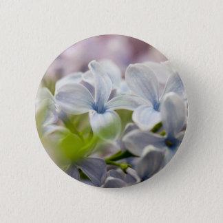Badge Macro tir de fleur lilas