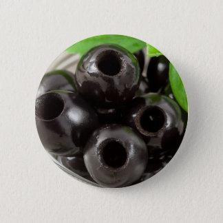 Badge Macro vue détaillée des olives noires
