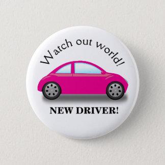 Badge Observez la nouvelle voiture de rose de conducteur