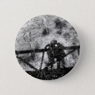 Badge Rond 5 Cm Amour dans l'ombre