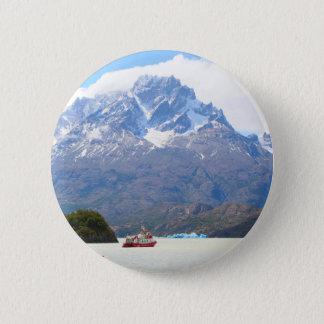 Badge Rond 5 Cm Bateau et montagnes, Patagonia, Chili