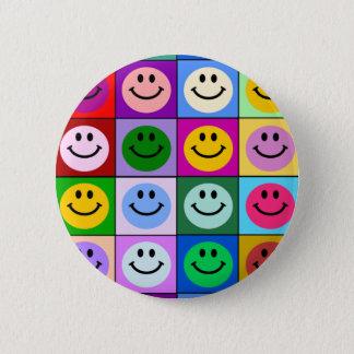 Badge Rond 5 Cm Carrés souriants multicolores