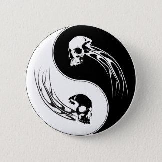 Badge Rond 5 Cm Crâne de tribal de Yin Yang