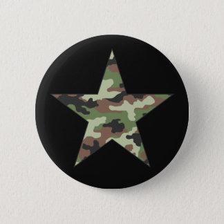 Badge Rond 5 Cm Les militaires de camouflage se tiennent le