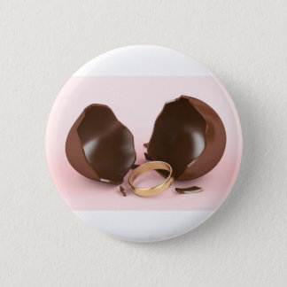 Badge Rond 5 Cm Oeuf et bague de fiançailles de chocolat