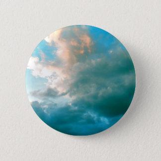 Badge Rond 5 Cm Vers le haut de dans les nuages