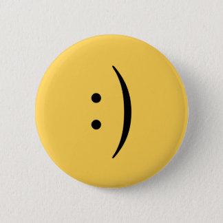 Badge Rond 5 Cm Visage souriant avec le bouton de deux points et