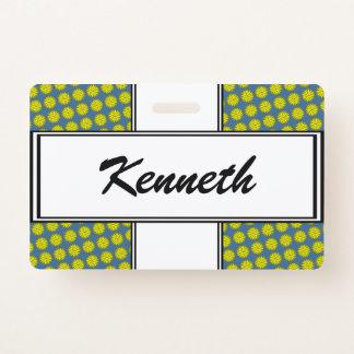 Badge Ruban jaune de fleur par Kenneth Yoncich