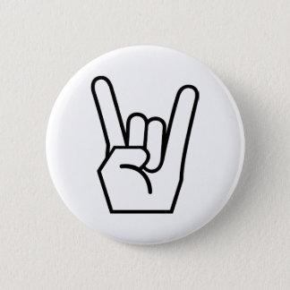Badge Signe de roche en main
