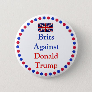 Badges Britanniques contre le bouton de Donald Trump