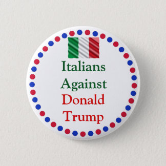 Badges Italiens contre le bouton de Donald Trump